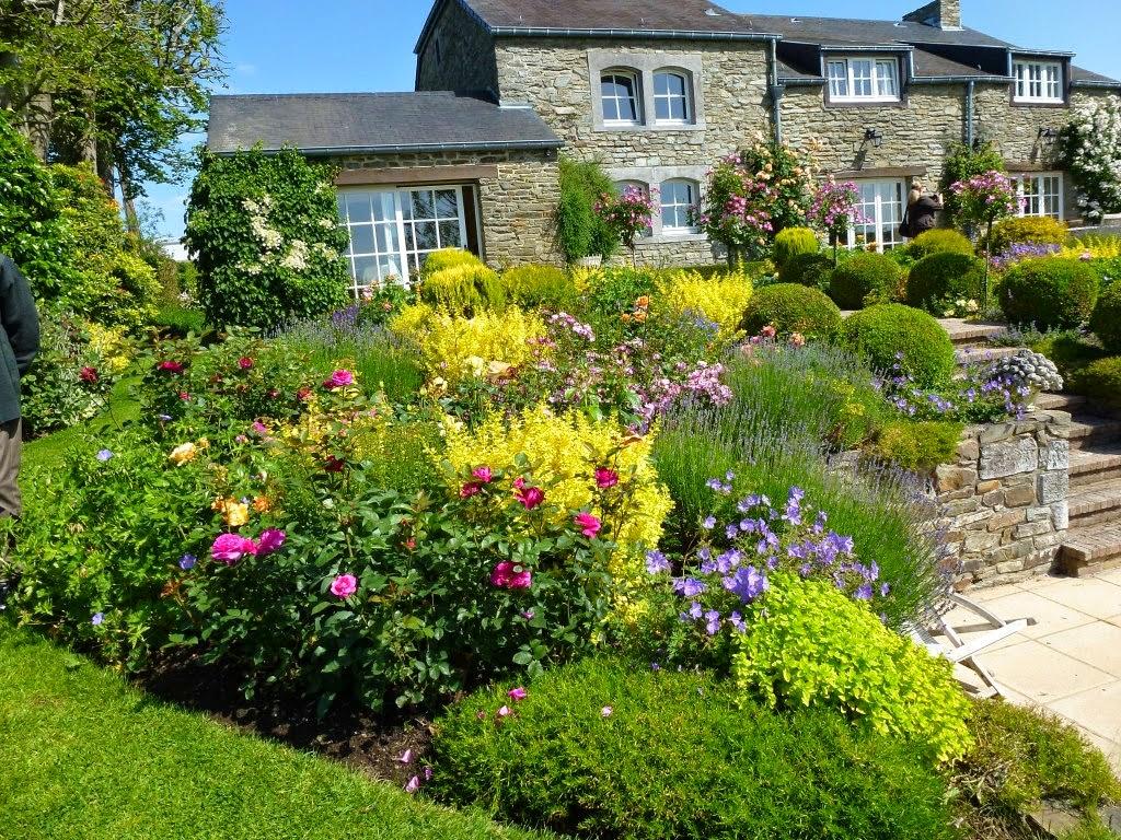 http://jardindesgrandesvignes-ballades.blogspot.fr/2015/02/le-jardin-de-lenclos.html