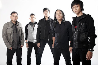 biografi grup band naff