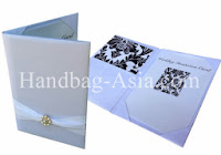 http://handbag-asia.com/invitation-pocket-fold-couture.htm