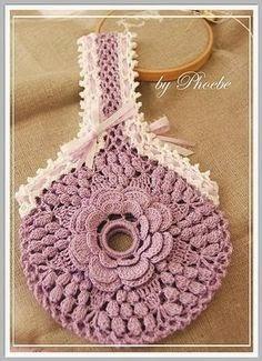 Estuche circular glamoroso tejido al crochet - con esquema