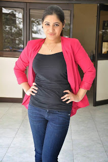 Actress Prabhjeet Kaur Latest Picture Gallery in Jeans at Intelligent Idiots Press Meet  24.JPG