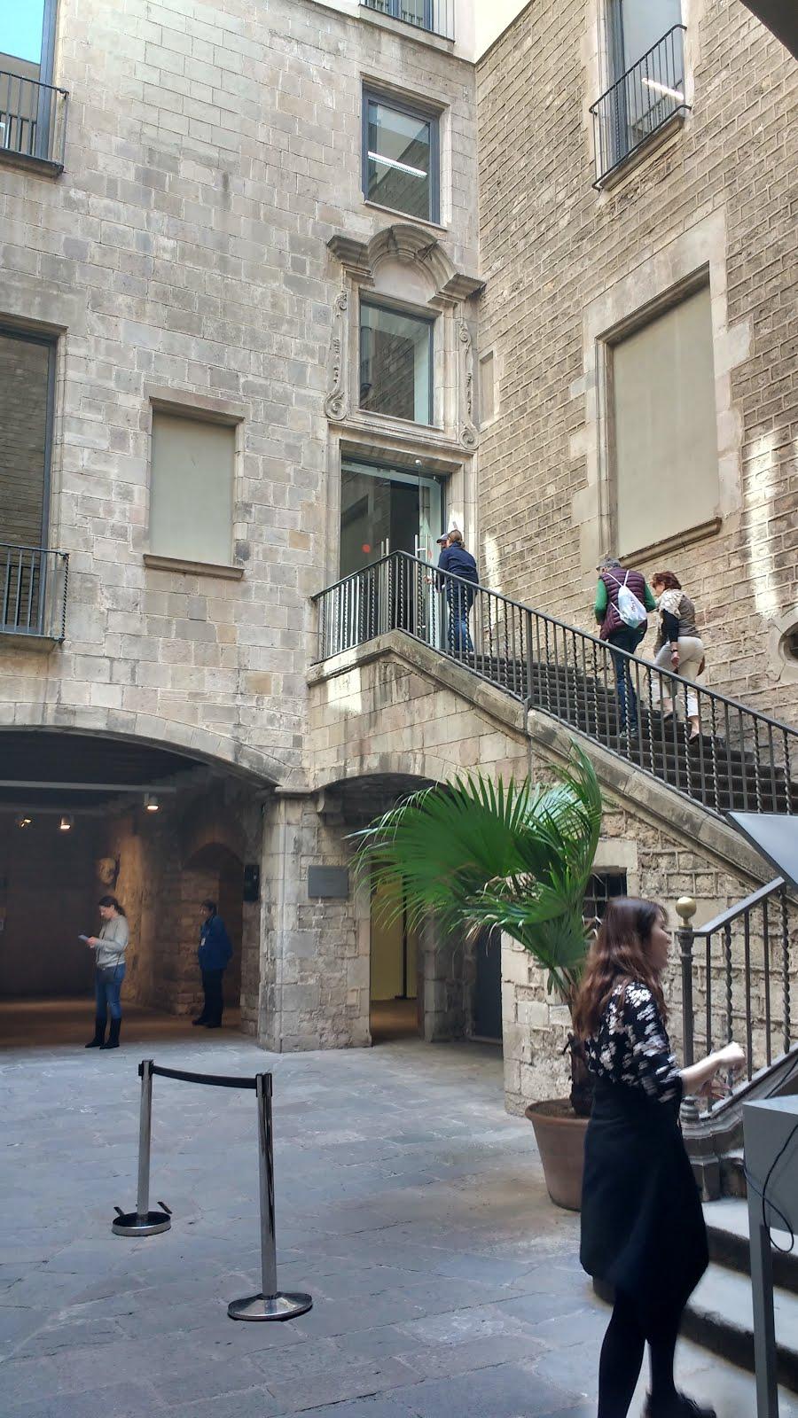 Blog de santiago nadal patis del palaus del carrer - Antigua casa jove ...