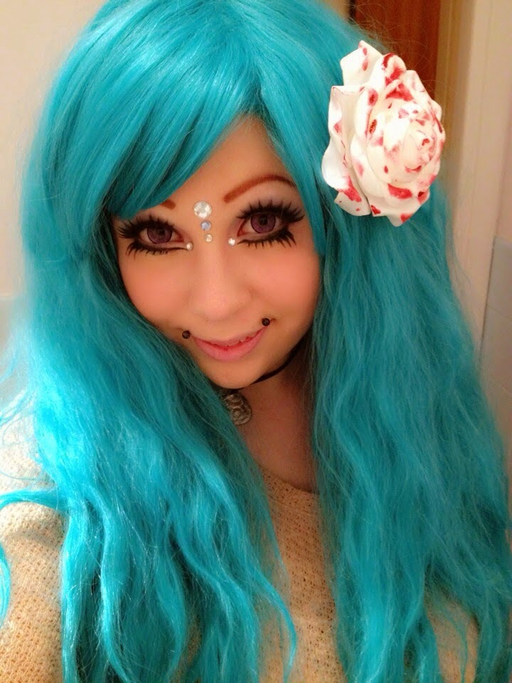 Mermaid Makeup Look with Dolly Eye Blytheye Violet