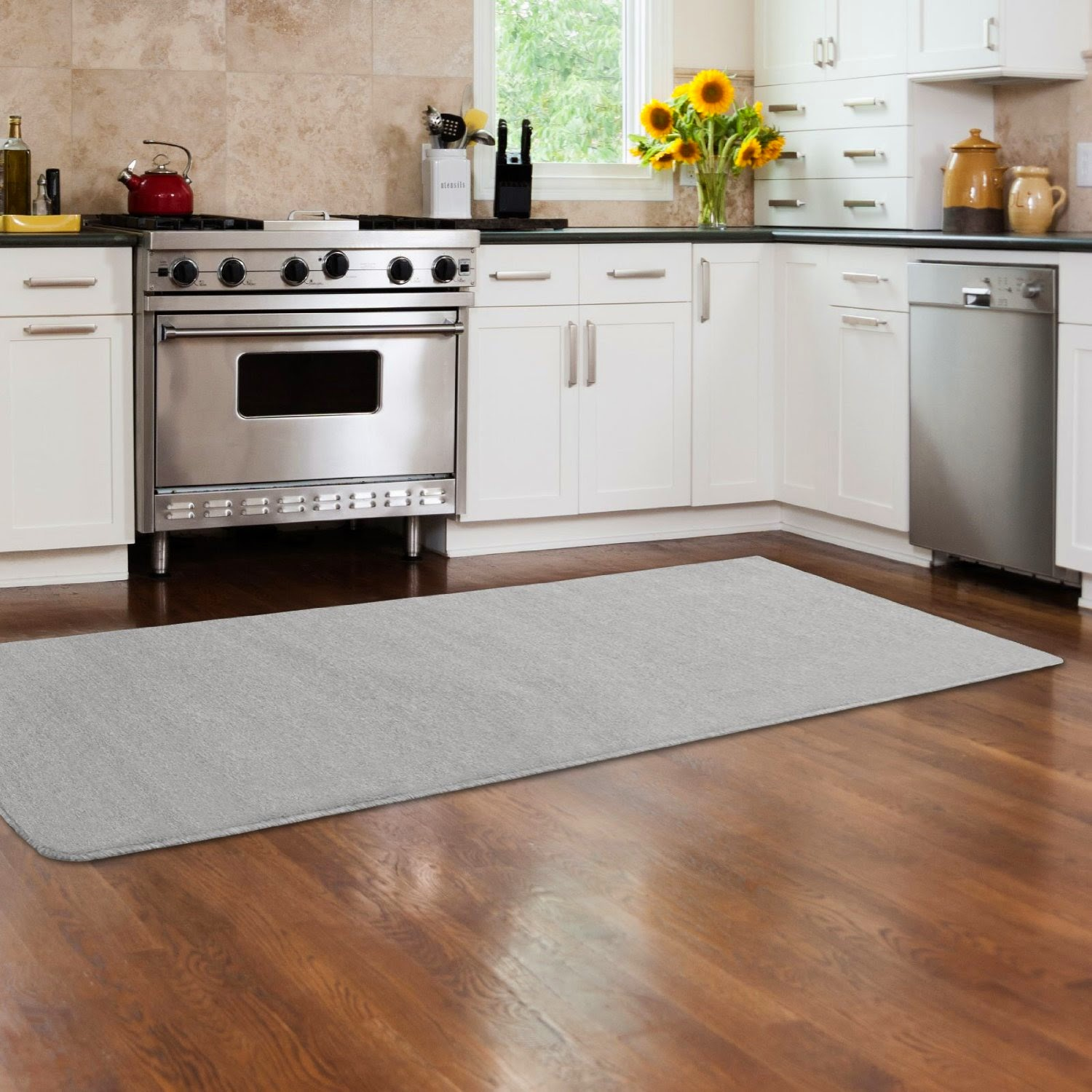 Cuisine beige sol gris for Tapis protection sol cuisine