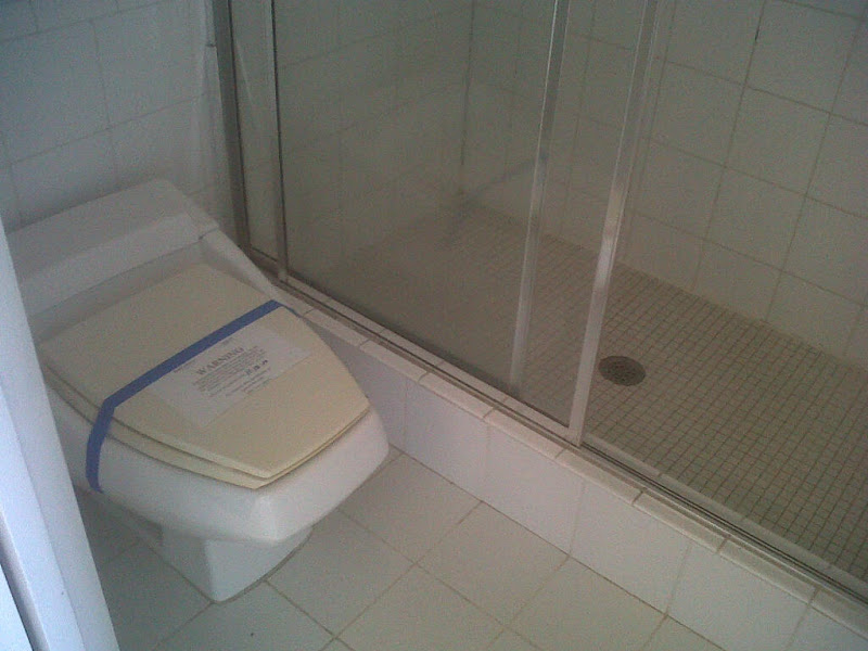 Super gross toilet, and shower floor, in the Master Bath. title=
