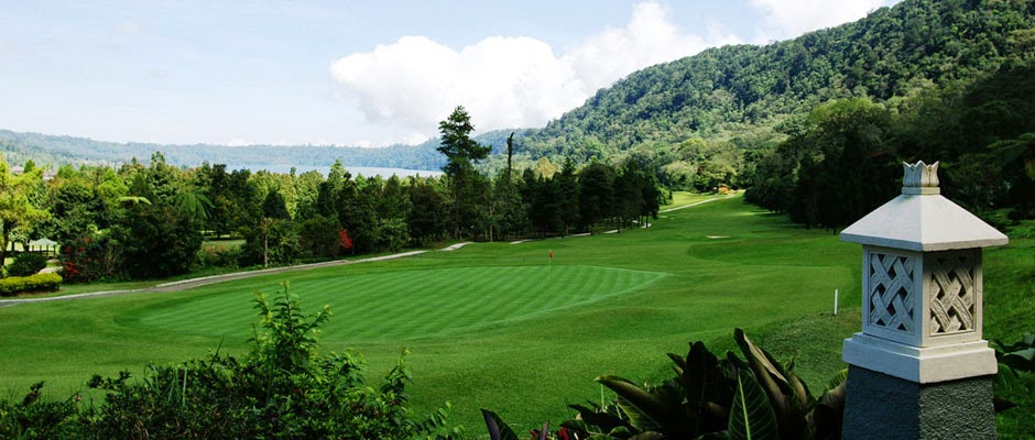 country club, play golf in Bali, beautiful golf course in Bali, golf course in Bali, holiday and golf in Bali