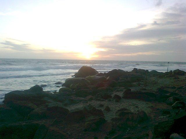 kerala beaches kovalam