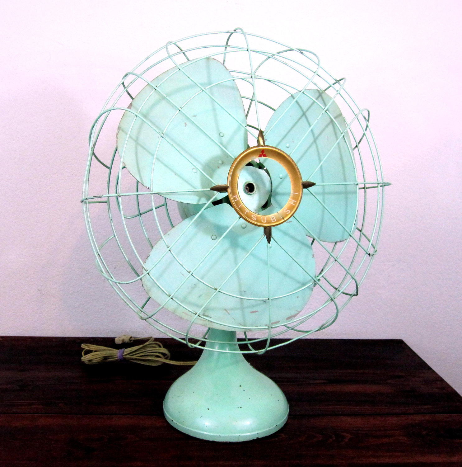 Electrical Table Fan : Lisa davenport designs fabulous fans for this summer heat