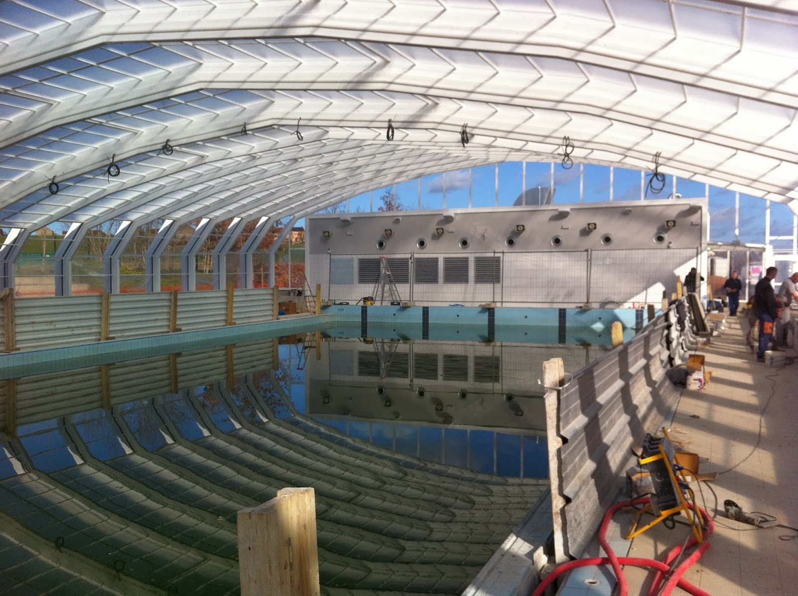 Chantier centre aqualudique de montlu on 03 chm for Centre piscine montlucon