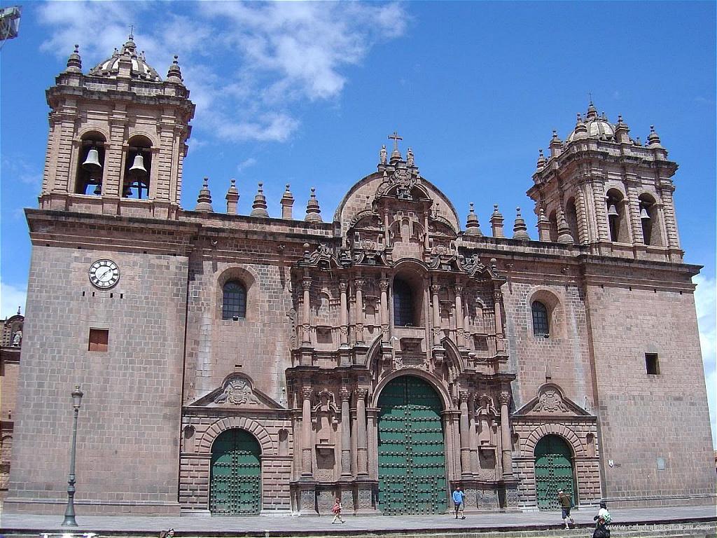 Fachada de la Catedral Del Cusco la Catedral Del Cuzco es