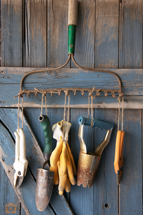 10 ways to repurpose old garden tools dukes and duchesses for Gardening tools for 6 year old