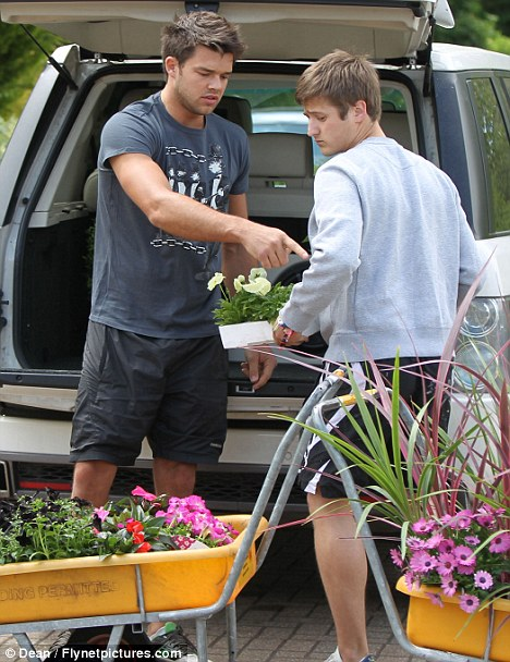 Are those flowers for Katie? Green-fingered Leandro heads to garden centre ahead of Miss Price's 33rd birthday