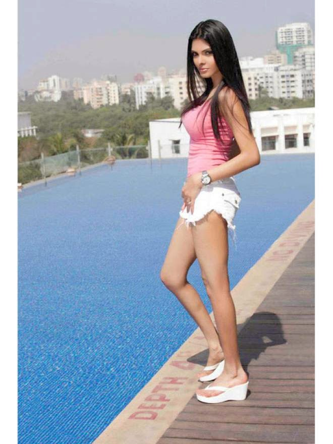 Sherlyn Chopra Unseen Images