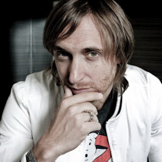 David Guetta - Falling To Pieces