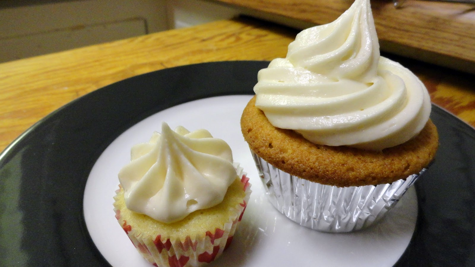 Vanilla Chamomile Cupcakes With Honey Buttercream - Baking Perfection