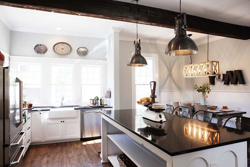 9 Fixer Upper Joanna Gaines Farm House Kitchens That You Ll Love
