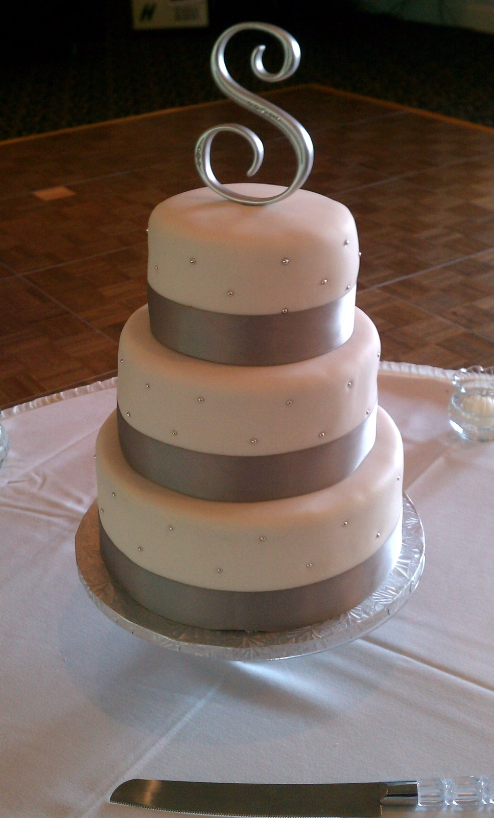 fondant wedding cakes pictures