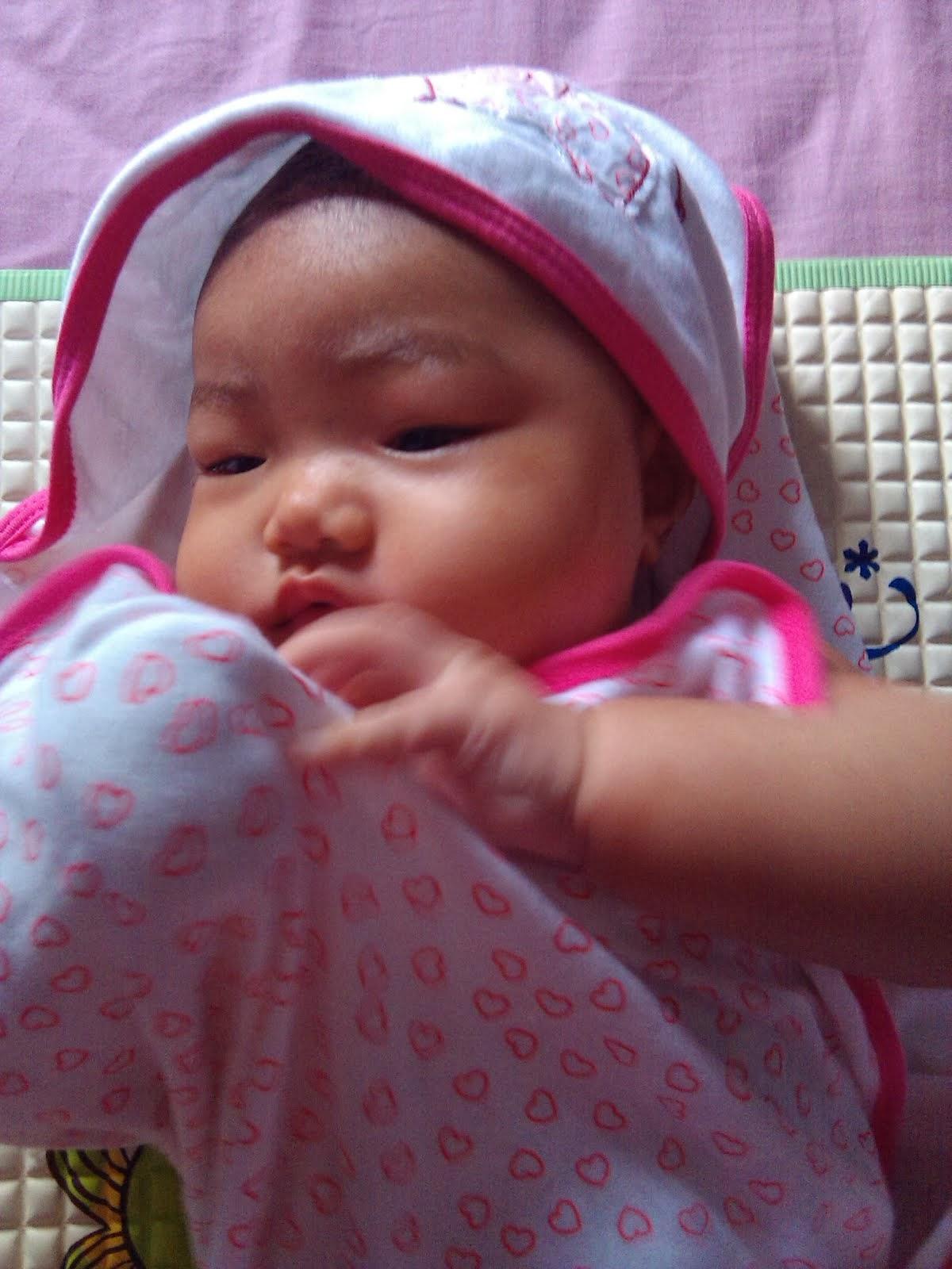 Nur Aneesa Hani - 4 bulan
