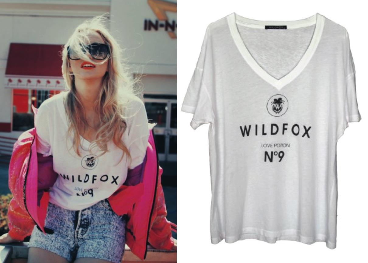 http://4.bp.blogspot.com/-DulDoHbhYJc/TVTSVRBUZHI/AAAAAAAABuY/-FE1PNABaTY/s1600/la+modella+mafia+Wildfox+%25239+Oversize+V+Neck+%252477+via+wildfoxcouture.com+3.jpg