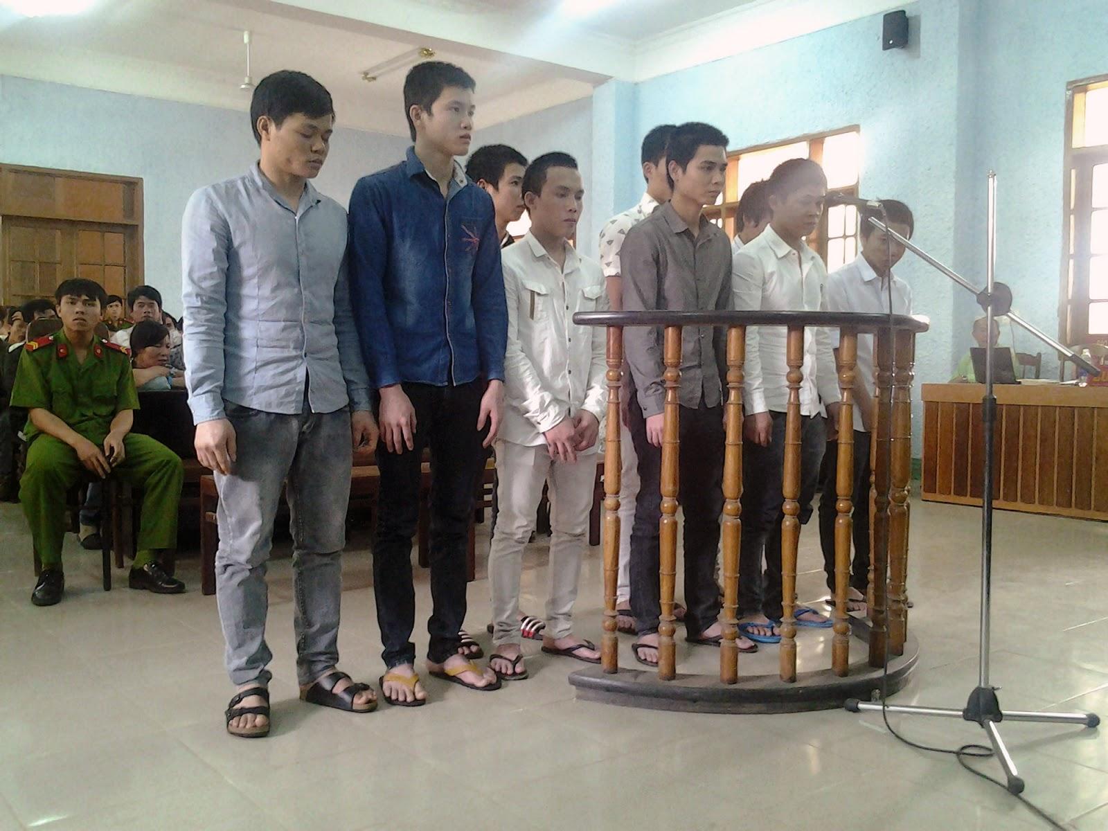 Gia Lai: Nhóm côn đồ lãnh án 60 năm tù chỉ vì một câu nói