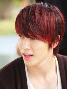 Gaya Rambut Merah