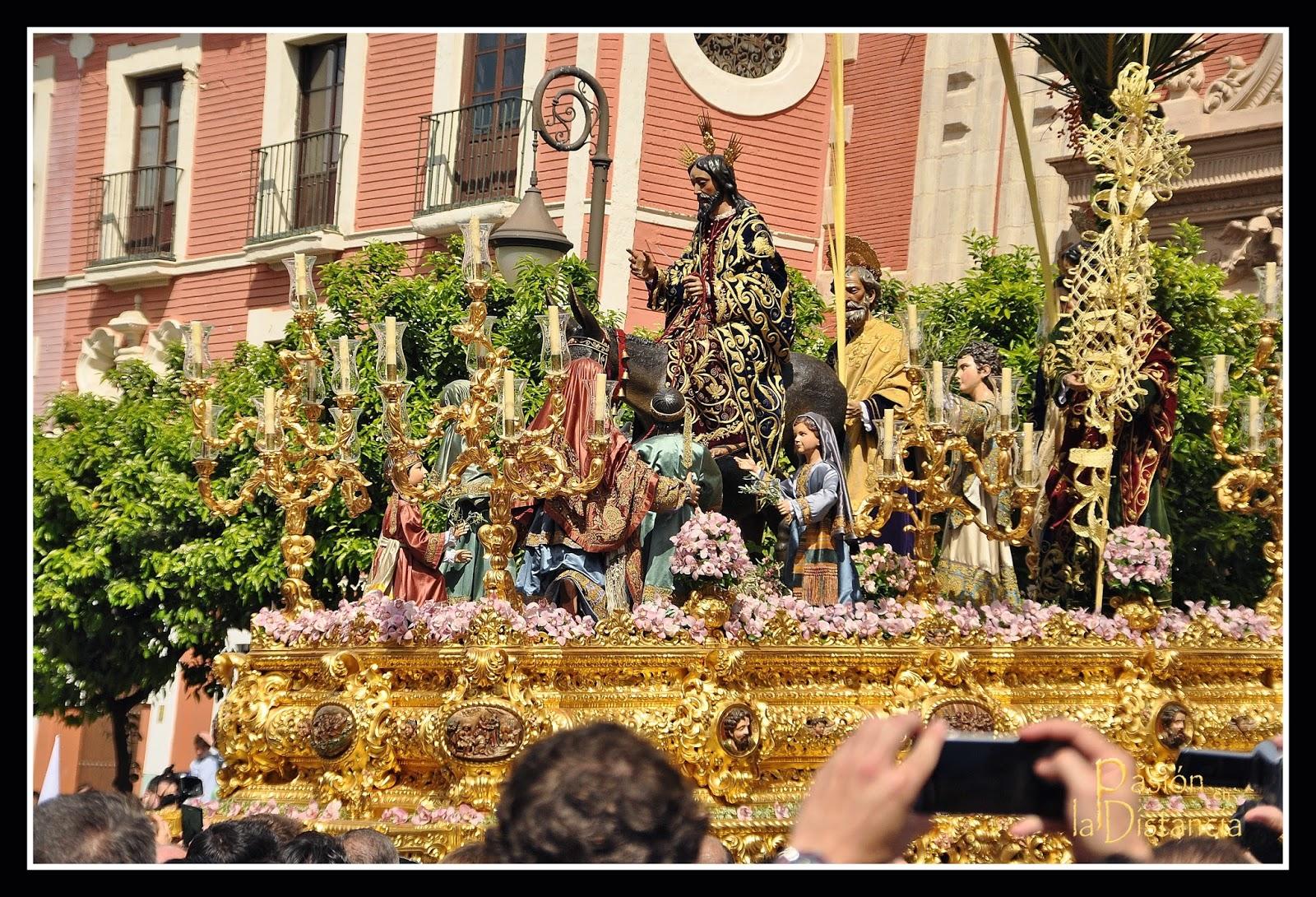 La-borriquita-salida-2015-Sevilla