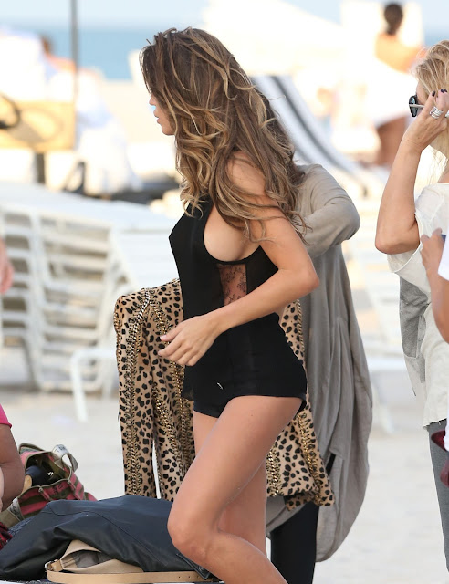 Claudia Galanti – Topless Photoshoot Candids in Miami