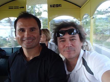 En compagnie de Lionel Pellegrino, l'entraîneur de Jean-Baptiste Bernaz