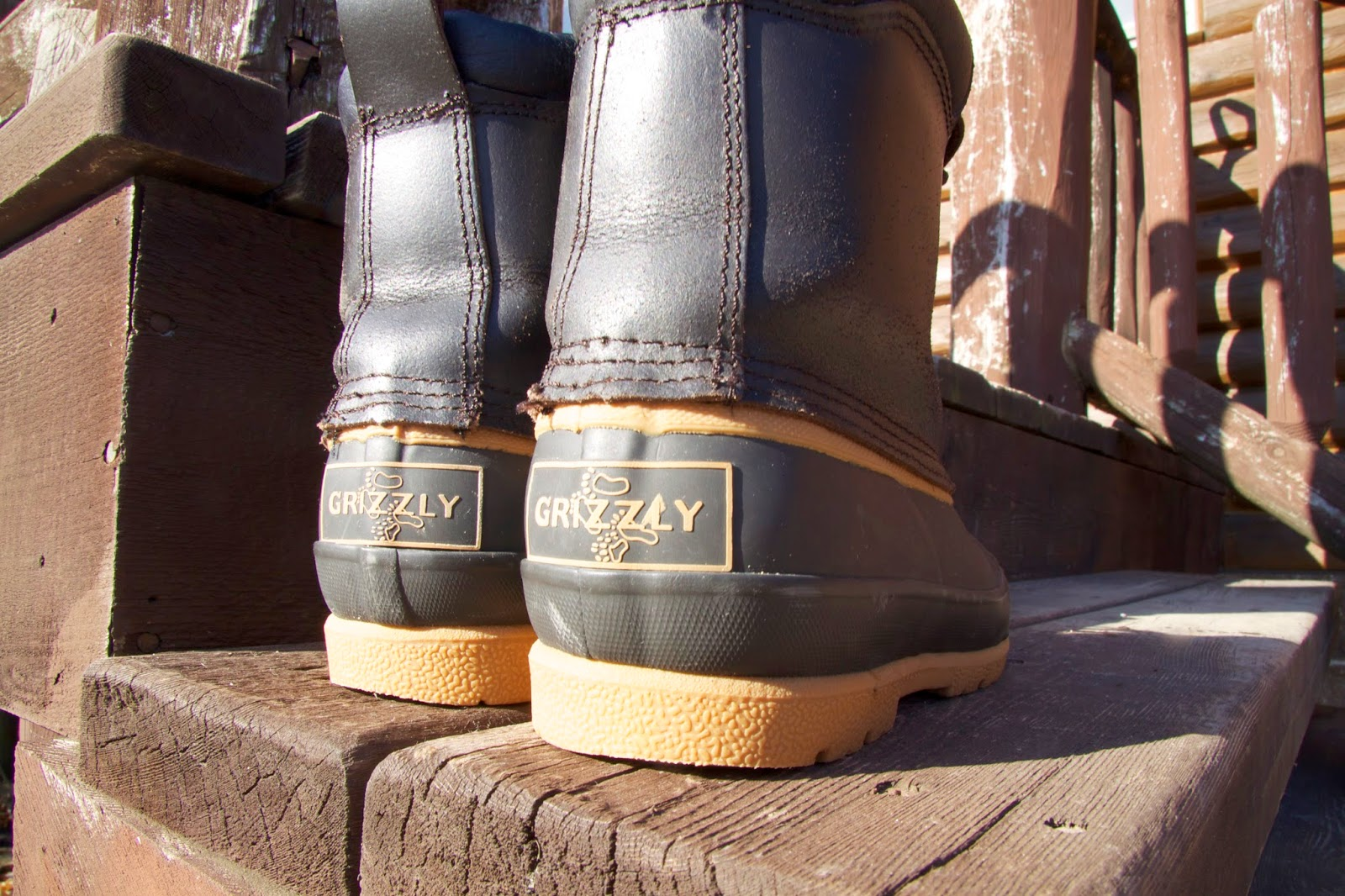 A pair of Grizzly Therolite Winter Boots found while second hand shopping