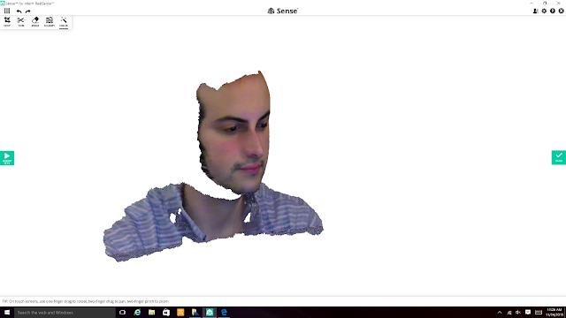 сканирование лица камерой RealSense ASUS Zen 240 Pro