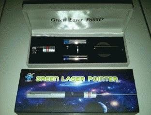 sinar laser hijau
