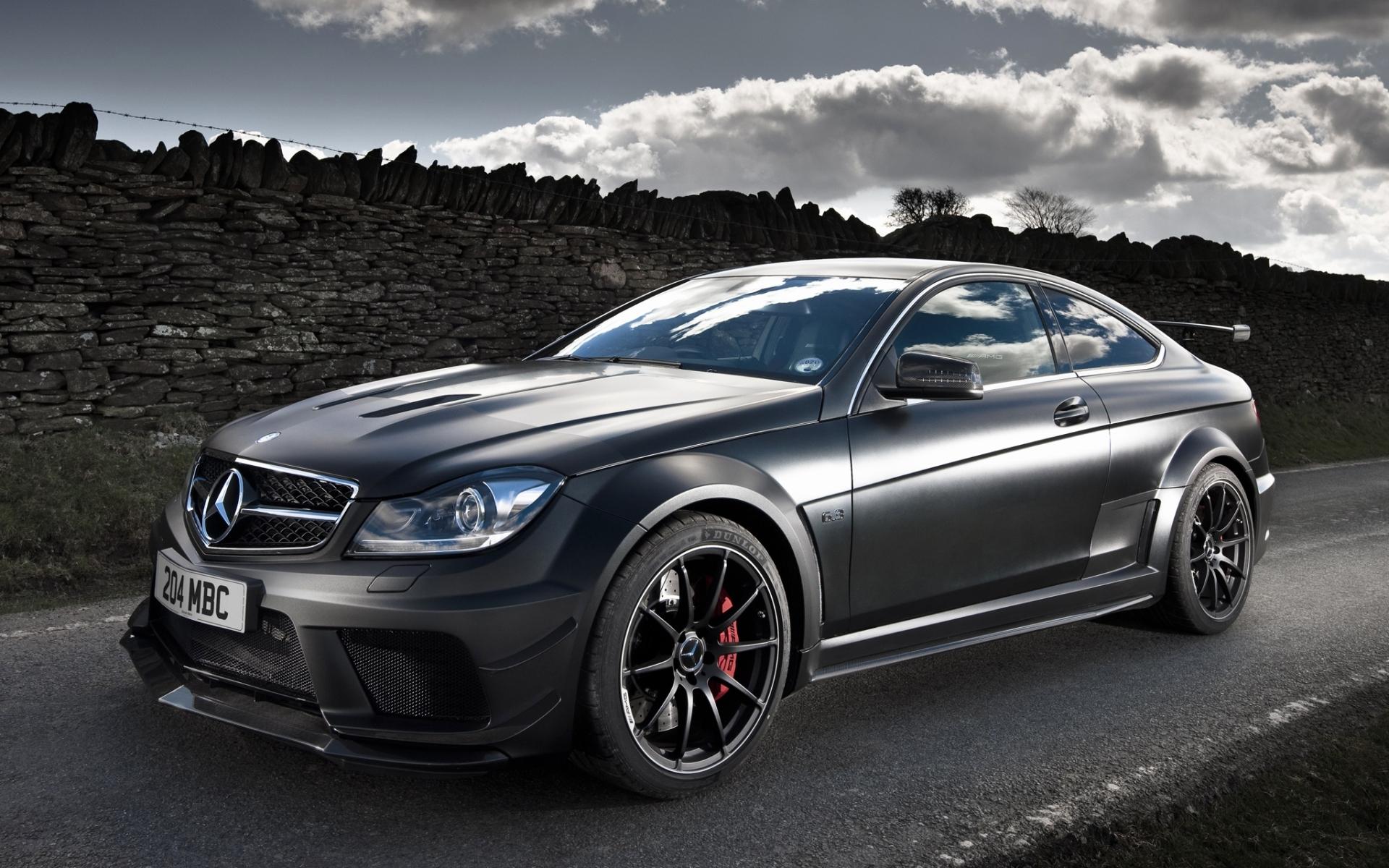 Mercedes c63 amg black series fondos de pantalla hd for Mercedes benz c63 black series