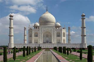 Monumen Cinta Paling Terkenal Di Dunia