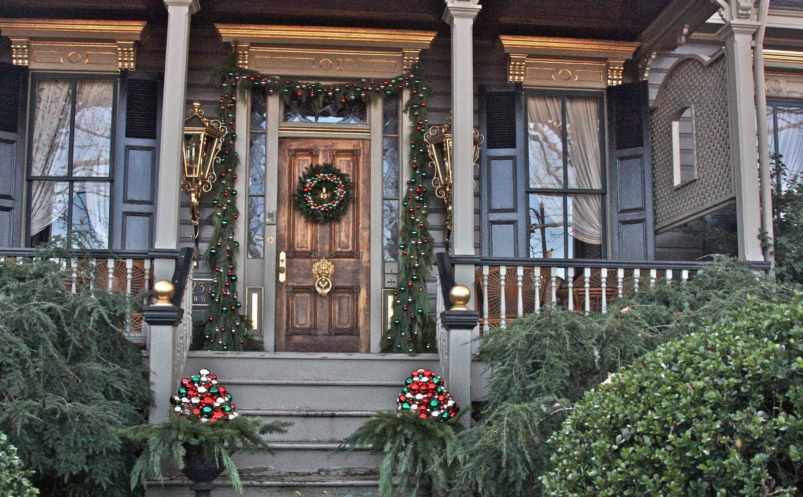 Brilliant Front Porch Christmas Decorating Ideas 1600 x 991 · 408 kB · jpeg