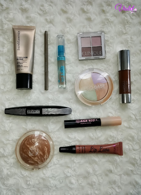 bronzed holiday makeup look