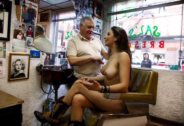 Salma hayek nude photos