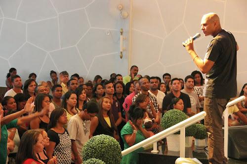 """2014 """"o Que Deus tem ninguém tem; e o que Deus tem vem para minha mão"""""""