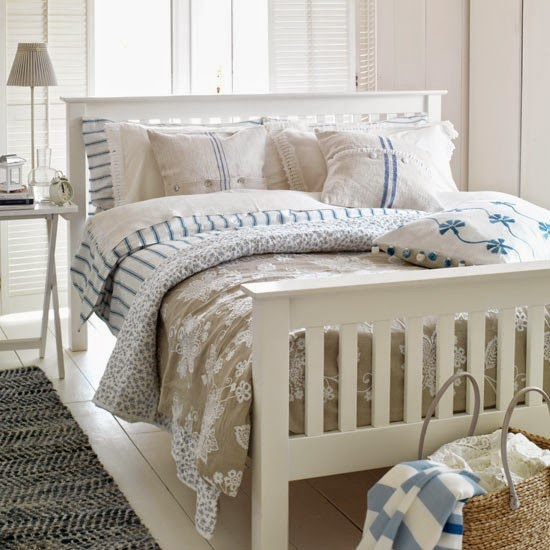 Oxala interiors uk simply new england style for Modern country bedroom decor
