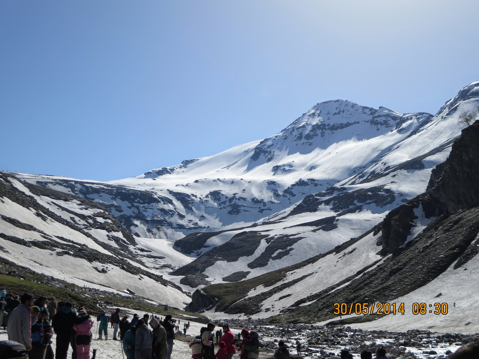 Manali - Snow point near Rohtang Pass