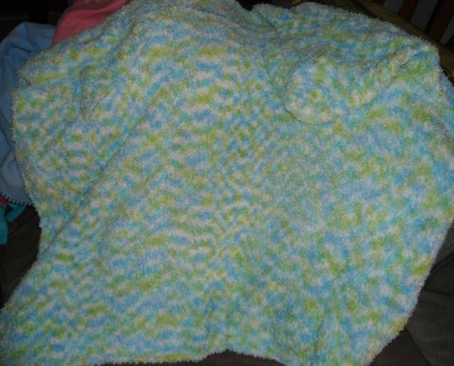 The Crafty Daisy: Hooded Baby Blanket