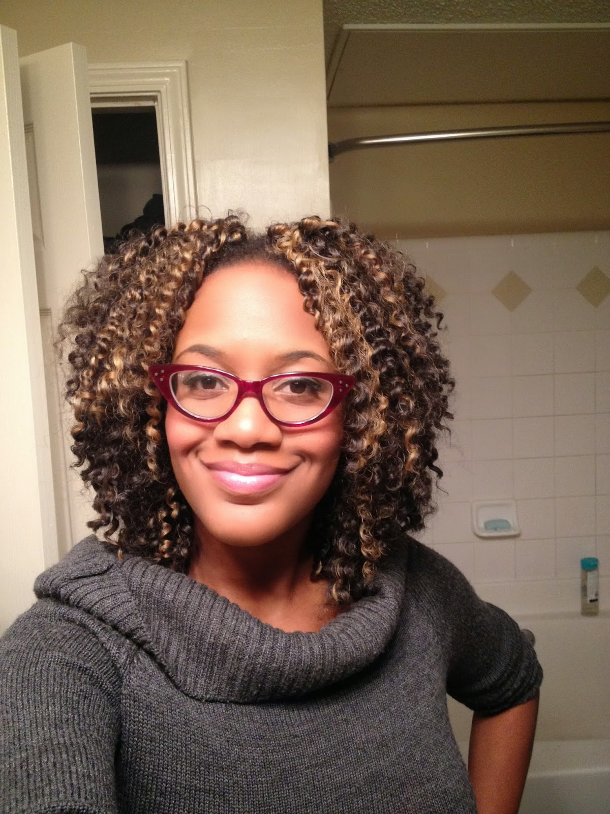 ... ...The Kinky Life: Crochet Braids using Water Wave by Model Model