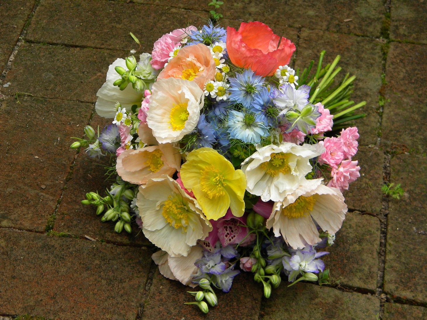 Wedding Flowers From Springwell Poppies Springtime Wedding Flowers