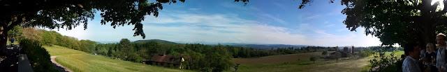 Una foto panoramica scattata con il Galaxy S del paesaggio da Baldegg