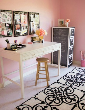 Have you seen my pink craft room?!