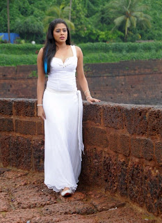 Hot and sexy Priyamani photo shool |southindian actress 35