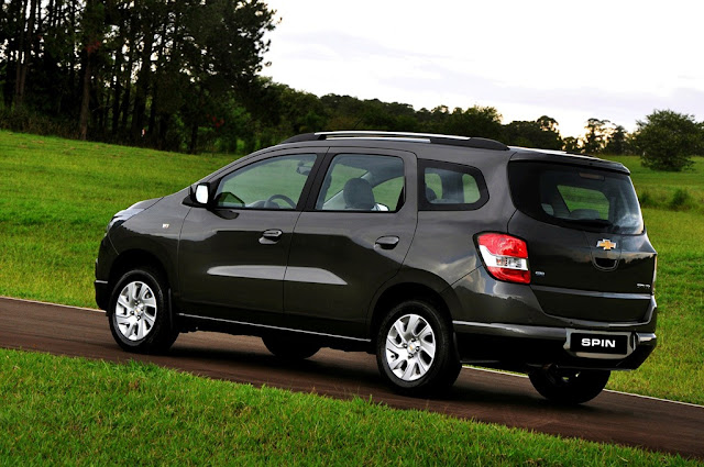 Chevrolet Spin - TRASEIRA
