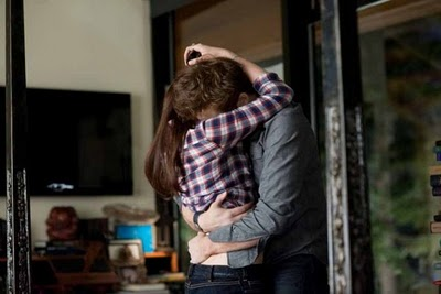 Edward And Bella Kissing Scene