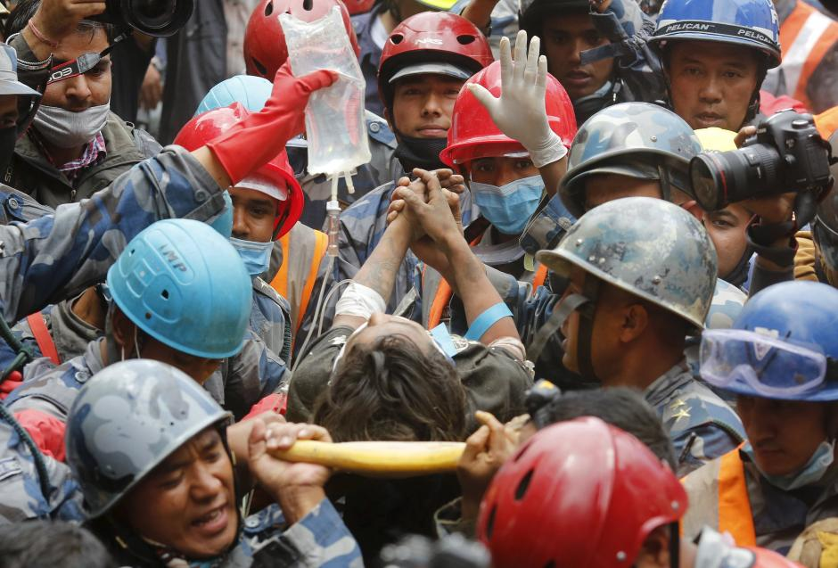 Nepal ad 2015 la desolazione e la distruzione prodotte - Agenzie immobiliari ad amburgo ...