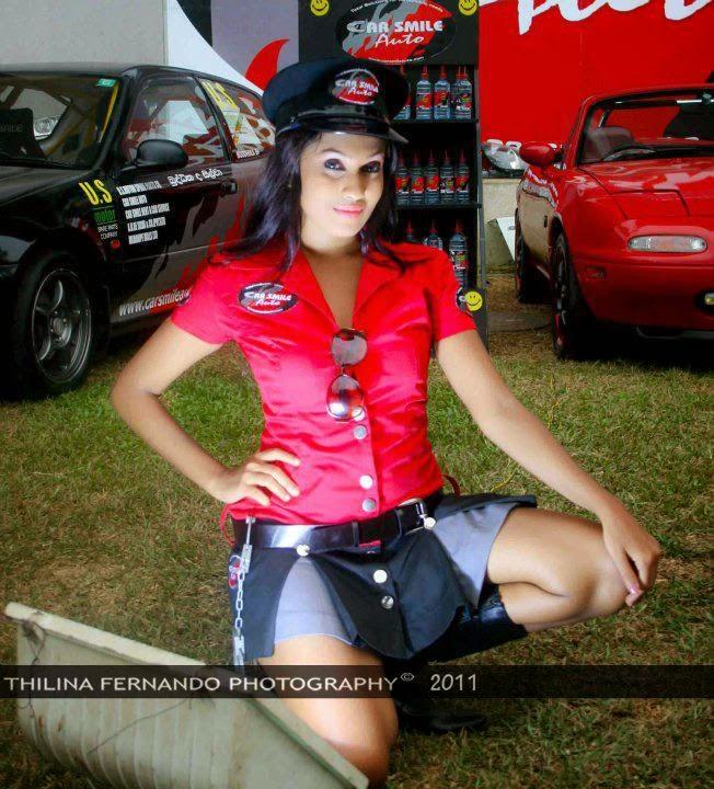 Fallon Michelle motor show legs