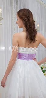 Chérie A-ligne de blanc Bow Charmeuse Robes de bal